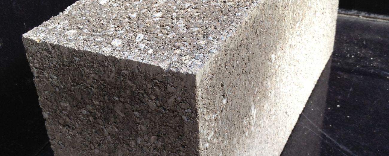 140mm Solid Concrete Block - Banner